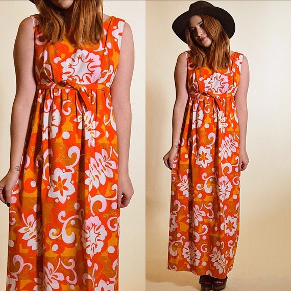 Vintage 1960's sleeveless floral Hawaiian hippie psychedelic tropical summer maxi dress women's size small