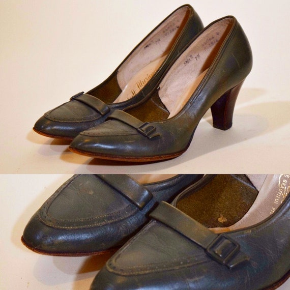 """1960s vintage olive green close toe round point 2"""" heels women's US size 5.5"""