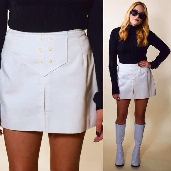 1960s authentic vintage white mini skirt /skort / once upon a time in Hollywood Sharon Tate costume / women's size small