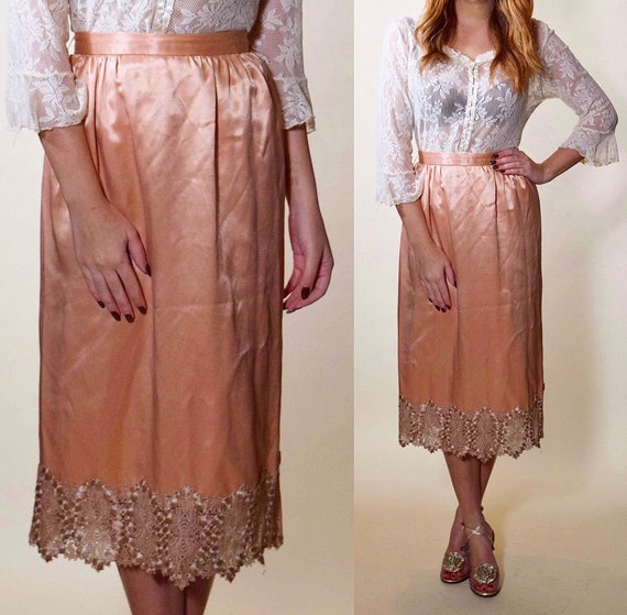 RARE vintage peach pink / rose gold high waisted skirt with lace trim women's size small