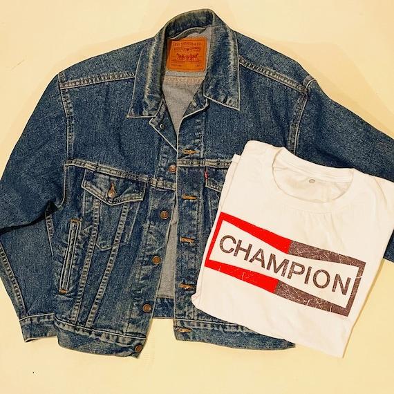 Authentic vintage Levi's 1970s trucker red label jacket men's size small/medium