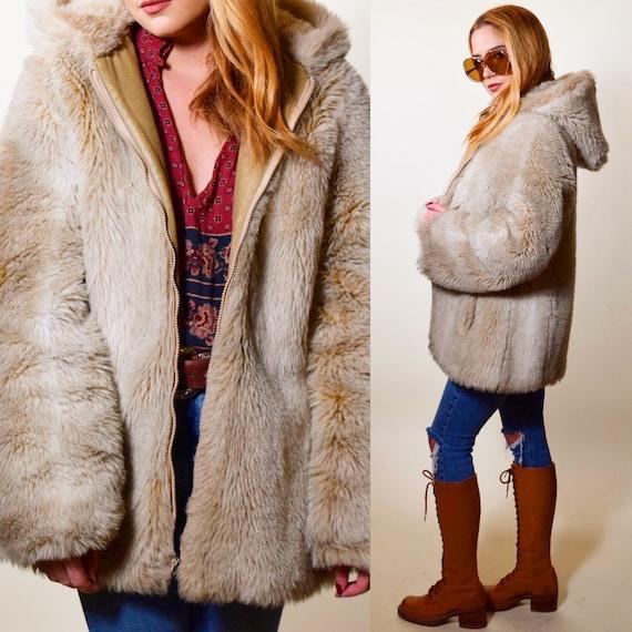 1970s vintage Faux Fur cozy winter zip up teddy bear style jacket with hood women's size Medium