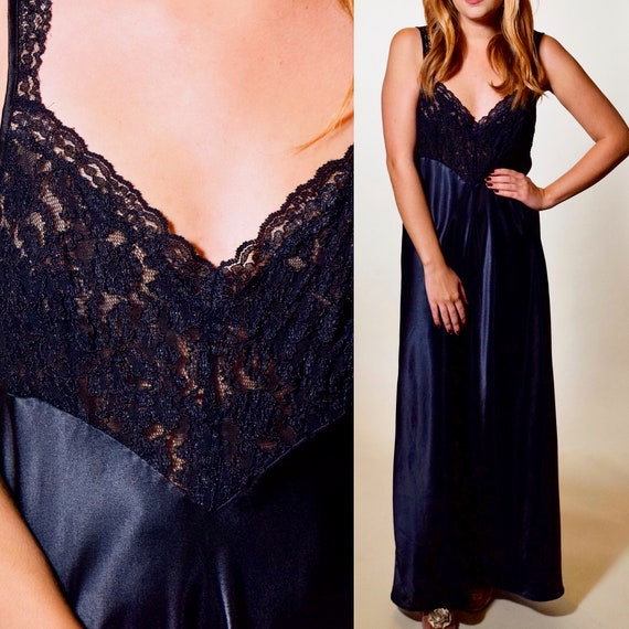 Vintage black nylon + lace spaghetti strap nightgown with slit women's size small-medium