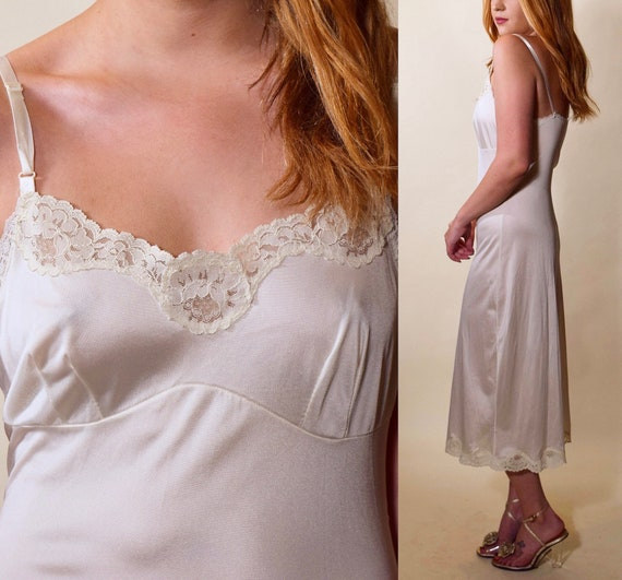 1960s vintage off white midi length nylon + lace trim slip dress women's size XS-S