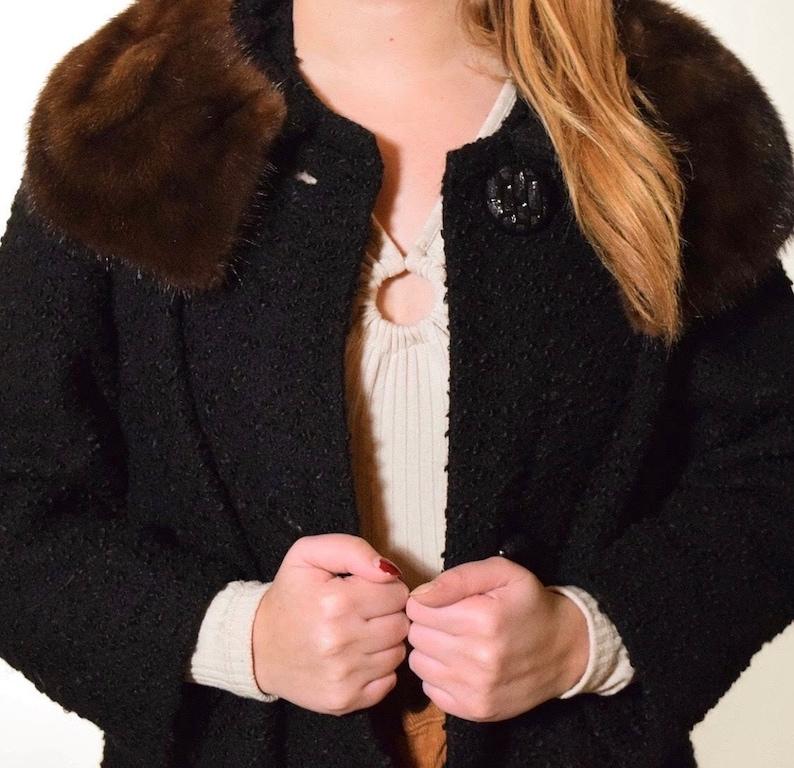 1950s vintage black Persian lambswool brown mink fur collar button down coat women/'s size medium