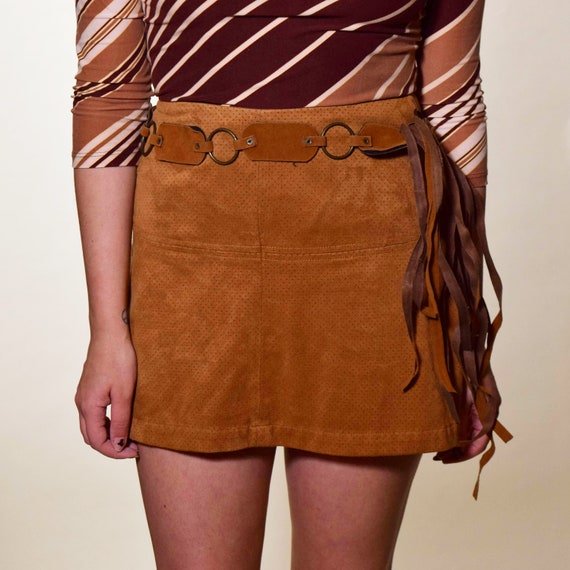1970s vintage faux suede brown circular detail tie belt/sash with fringe detail women's size S-M
