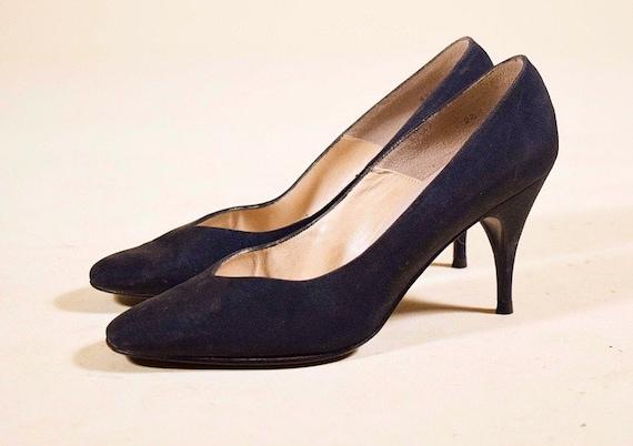 "1950s classic authentic vintage black silk point toe 3 "" heel pumps women's US size 5.5 N"