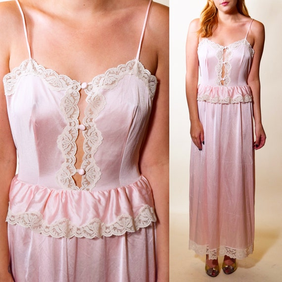 Authentic vintage 1970s light pink long sexy old hollywood glam night gown spaghetti strap with peplum was it button down women's size small