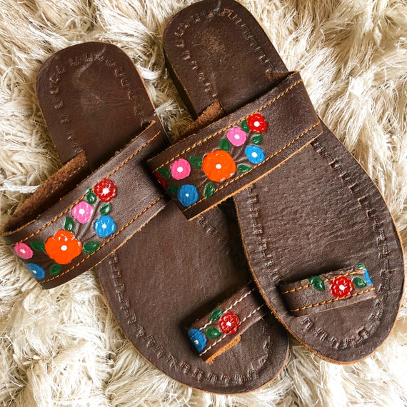Handmade vintage one of a kind hand painted floral hippie bohemian slip on sandals women's US SIZE 6