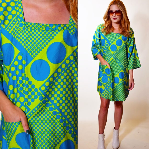 1970s vintage bright psychedelic / mod polka dot  pattern art smock/cooking apron/pinafore women's one size