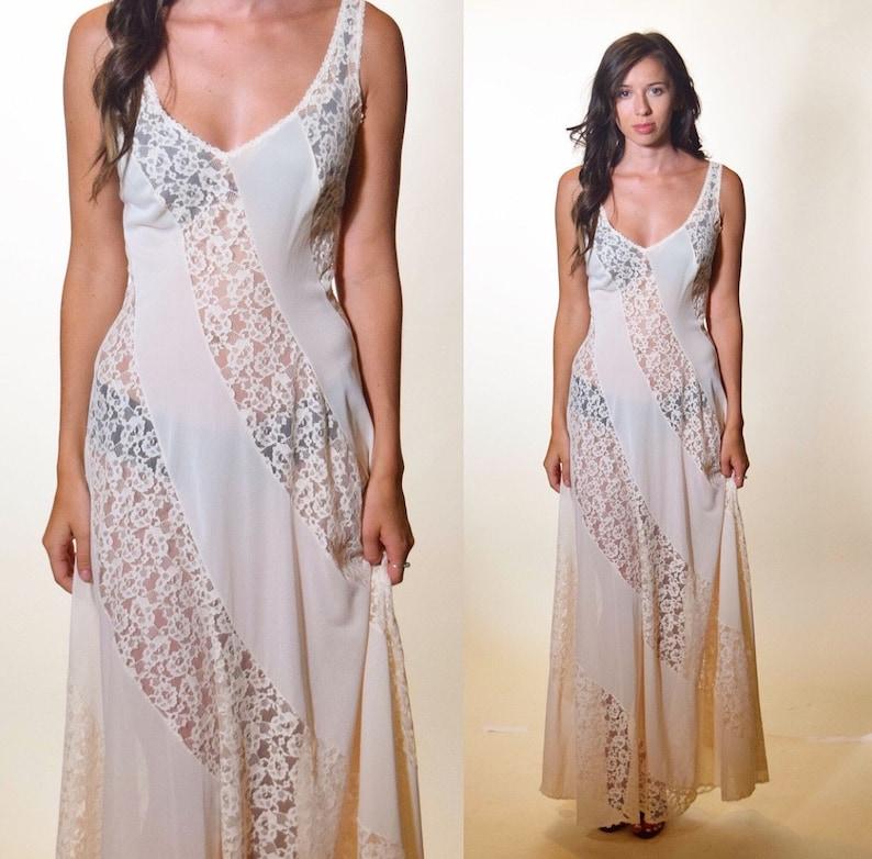 3f0843b9d7e 1970s authentic vintage off white nylon + lace romantic sexy nightgown  women's size Small - Medium