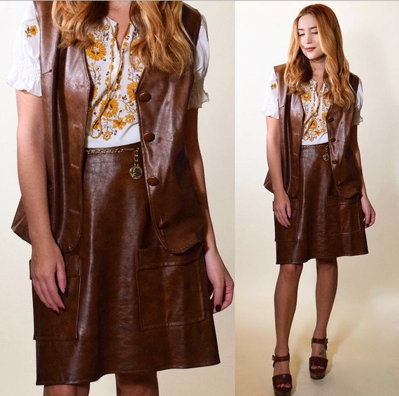 1970s Mod authentic vintage faux brown leather mini skirt + vest set with gold chain coin belt women's size small - medium