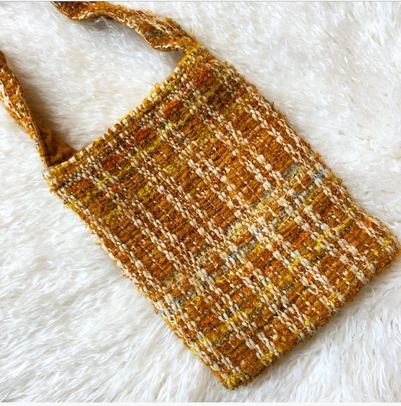1960s-1970s vintage golden yellow tweed preppy pouch purse