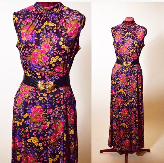 Vintage 1970's classic colorful floral high neck sleeveless spring summer maxi dress hippie romantic bohemian women's size medium