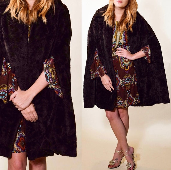 Vintage dark brown  faux fur cape with pockets- women's ONE SIZE