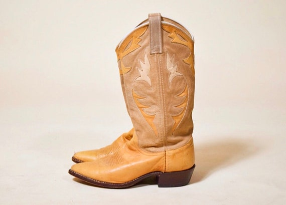 Vintage 1980's Dan Post suede and leather inlay country western cowboy boots women's size 5.5 medium