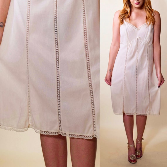 1960s authentic vintage off white nylon + lace panel spaghetti strap full slip dress women's size large