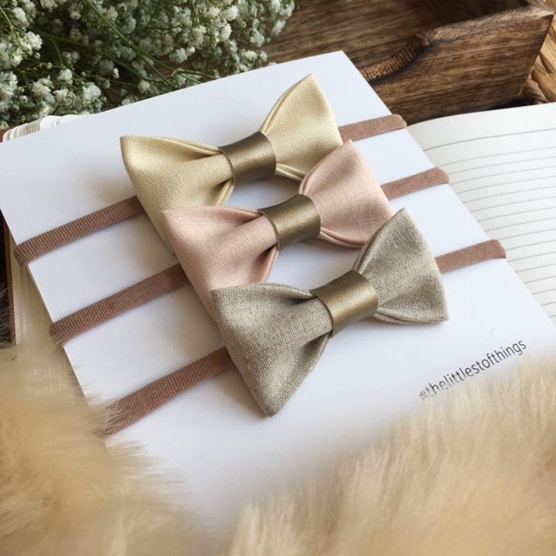 c431bc08c Ensemble de bandeau bébé fille, bandeaux noeud bébé, bébé tissu rose pâle  arcs pour bandeaux, bandeau fille nouveau-né, arc de cheveux de ...