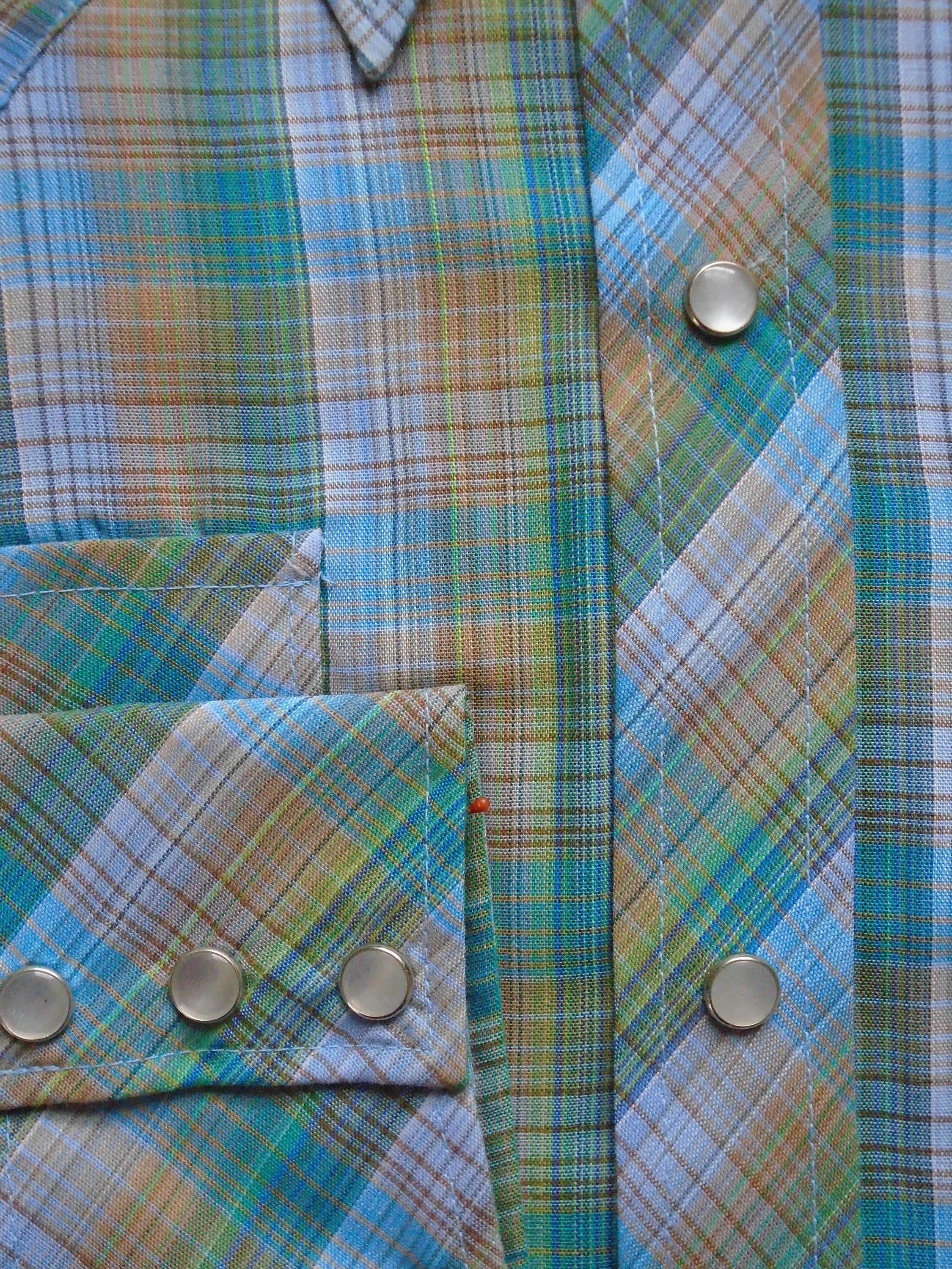 1970s Mens Shirt Styles – Vintage 70s Shirts for Guys New 1970S Western Plaid Mens Or Boys Retro Shirt Old Stock Vintage Button Down Ranch Blouse Blue Green Mens Size Small Kids Xl 16 $0.00 AT vintagedancer.com