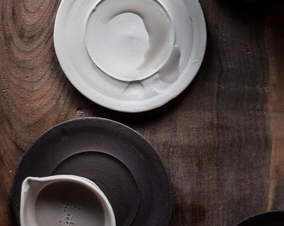 Saucer in Chocolate Stoneware or Porcelain