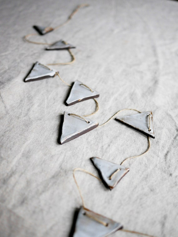 Rustic Triangle Banner // Ornaments + Garlands + Celebrations