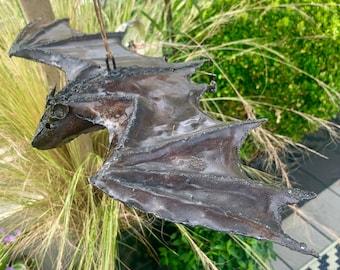 Metal Bat Garden Art ART103LARGE