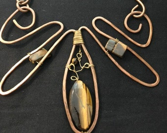 Copper wire necklace with Tiger eye