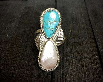 Vintage Native American Sterling Silver/ Turquoise & Mother of Pearl Ring   #342