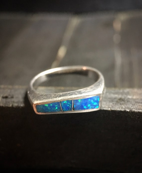 Vintage Sterling Silver/ Synthetic Opal Ring
