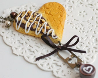 Chain necklace Cookie heart chocolate and almonds in polymer clay chips, bronze, handmade polymer clay