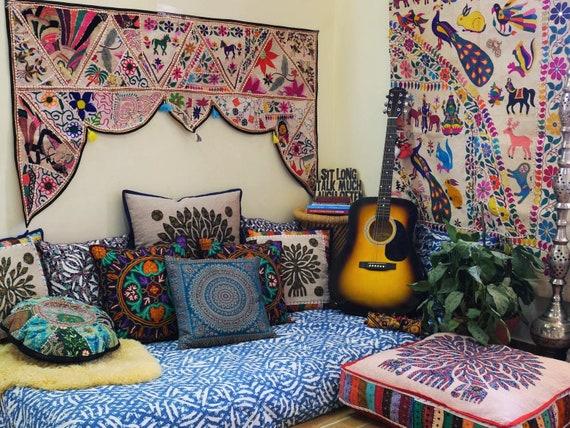 Boho Hippie decor Set - floor seating area | Meditation space - Interior  Design | Boho curtains - Meditation pillow Set | Bohemian decor