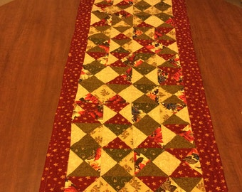 Quilted Table Runner, Banner, Americana Table Decor, Quilted Red Green Beige Runner, Banner, Civil War Colors