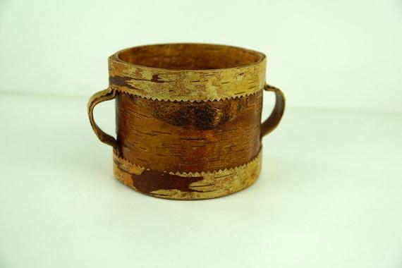 Vintage Swedish Birch Bark and wood Jewelry Box Hand Made wooden and Birch Bark Basket Organic Box Scandinavian folk art Round wooden box