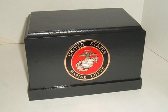 Military urn (marine corps)