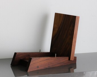 """Modern Vinyl LP Record Storage Display Holder in Walnut Holds 50 Albums of 12"""" or 7"""" Records"""