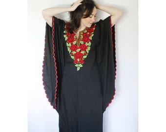 Vintage Rose Kaftan   Embroidered Roses on Black