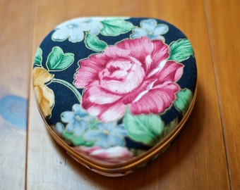 SALE! Vintage Heart Jewelry Box floral pillowed