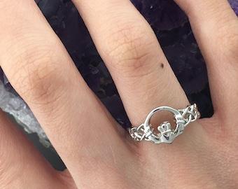 Sterling Silver Celtic Claddagh Braided Band Ring (#BQ507)Irish Love knot