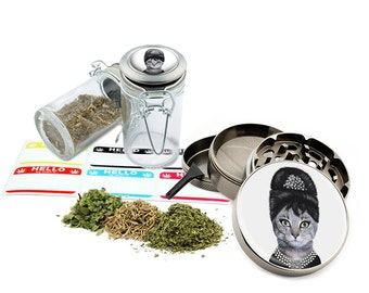 "Audrey Cat - 2.5"" Zinc Alloy Grinder & 75ml Locking Top Glass Jar Combo Gift Set Item # G50-G82615-2"