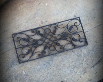 Miniature Dollhouse Wrought Iron scroll style accent piece 1:12 scale