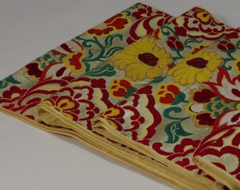 Silk Maru OBIー 丸帯         It is a traditional design in Japan. Fine embroidery has been applied. Embroidery  silk obi, so a little heavy.
