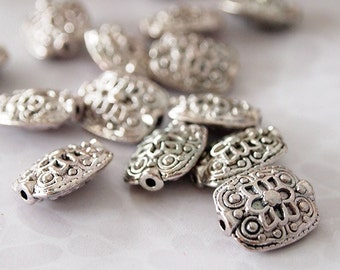 8 Metal Beads Rectangle Shape Antique Silver Textured Pattern Size 13 x 11mm