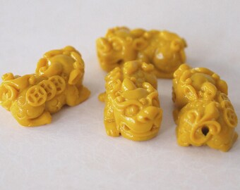 2 Carved Traditional Chinese Guardian Lion Beads Imitation Coral Pendants Yellow Size 22 x 12mm
