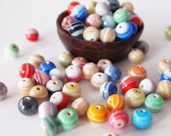 20 Round Beads Glass Swirl PatternAssorted Colour Mix Sizes range 7-9mm