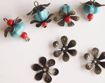 30 Metal Bead Caps Vintage Style 6 Petal Flower Antique Bronze Size 16mm