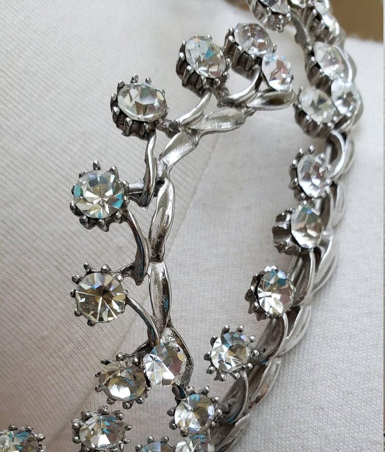Lovely Scalloped Design Rhinestone Tiara