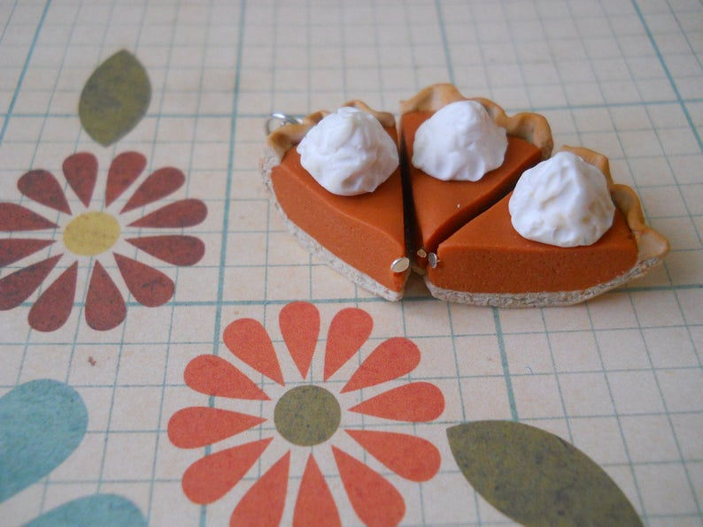 Polymer clay pumpkin pie with whipped cream charm / bracelet / image 0