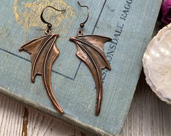Bat wing earrings-Dragon wing-Goth earring-Fantasy-Cosplay-Dragon earrings-Medieval-Bat earrings-silver bat wing-mother of dragons