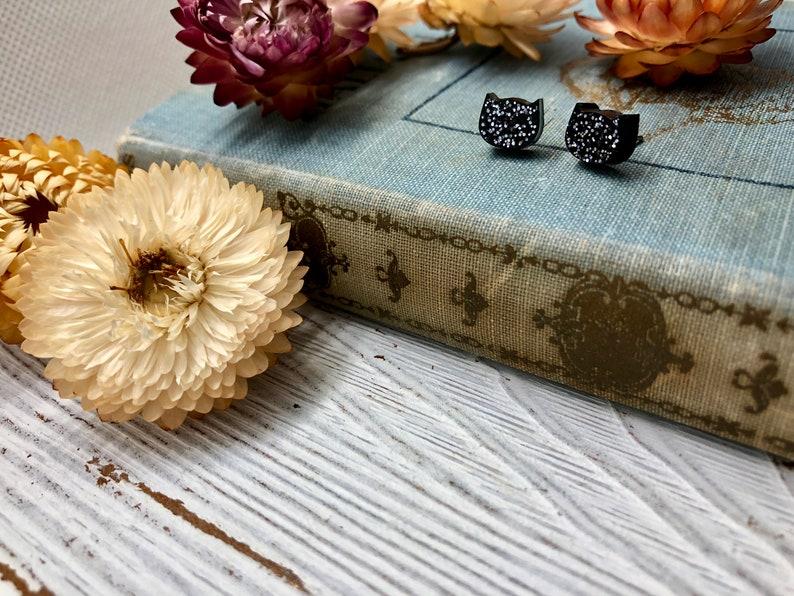 cat earrings  black earrings  glitter  hypoallergenic  gift  gift for her   holiday  christmas