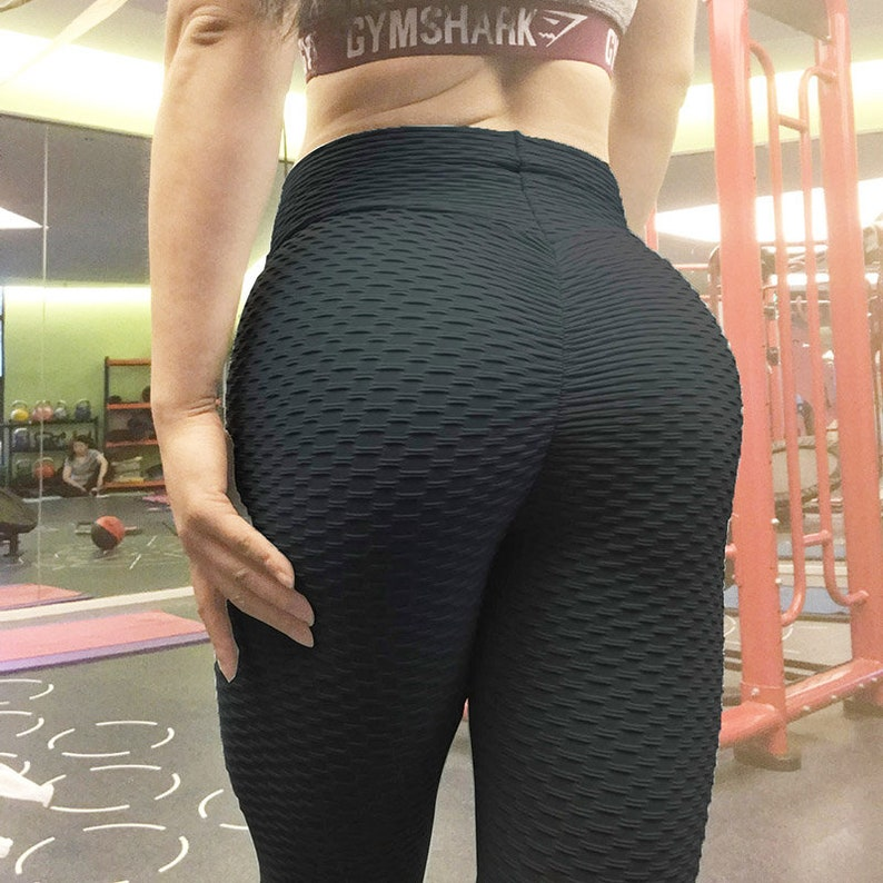 Teen Masturbates Yoga Pants